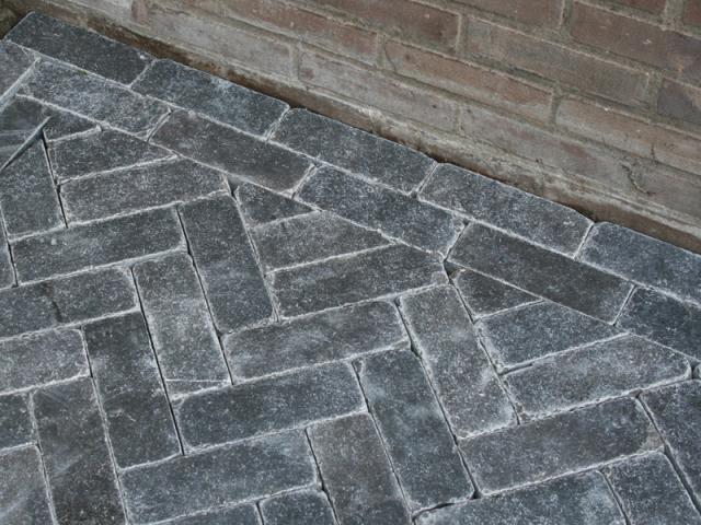 Chinees hardsteen klinkers 20x7x2,5cm