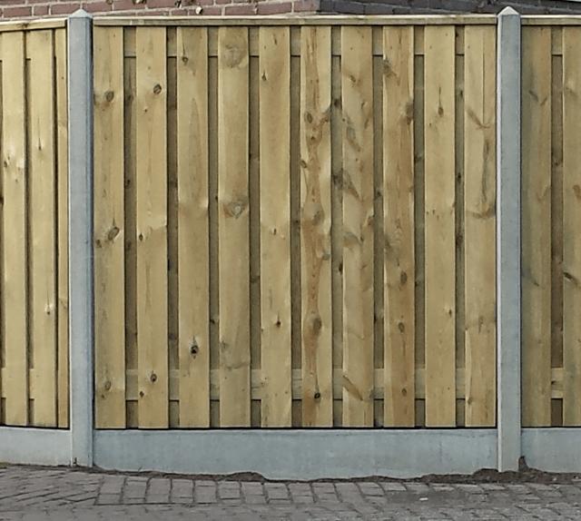 Scherm Enschede met wit/grijs betonsysteem incl. plaatsen