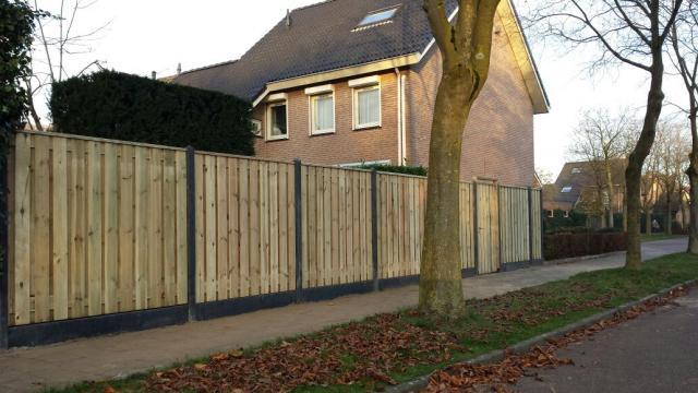 Hout-beton Grenen Enschede 180x180 incl. plaatsen