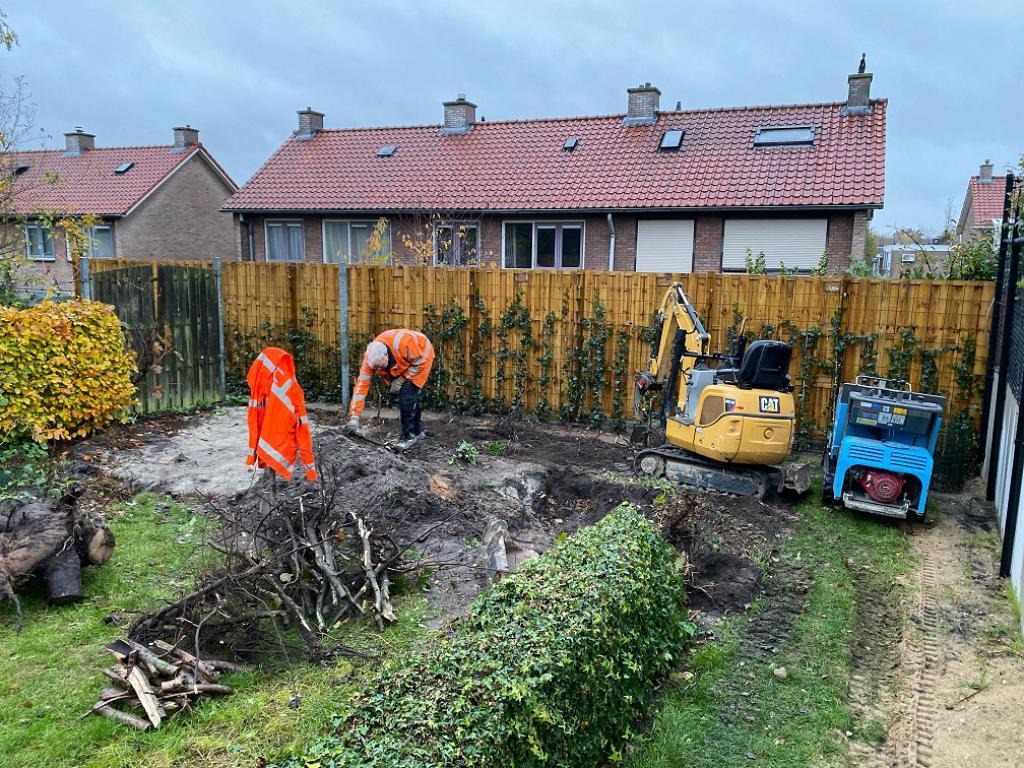 Tuinhout Centrum project - Maatwerk tuinhuis met overkapping